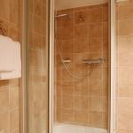 Dusche im 3 Bettzimmer