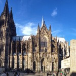 Der Kölner Dom und Roncalliplatz